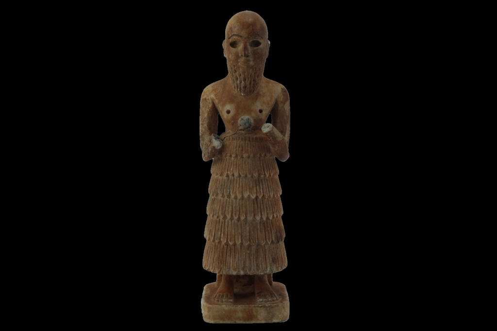Limestone or gypsum  Idol Figurine  (10.021.4)